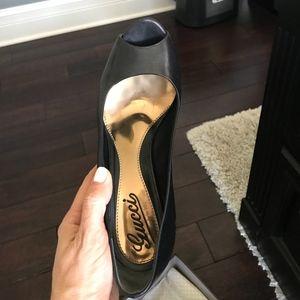 Gucci Black Open Toe Pumps Size 37